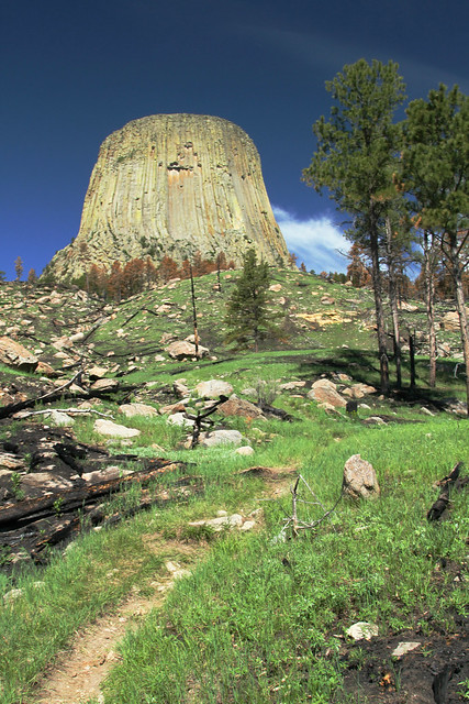 Red Beds Trail: Devils Tower