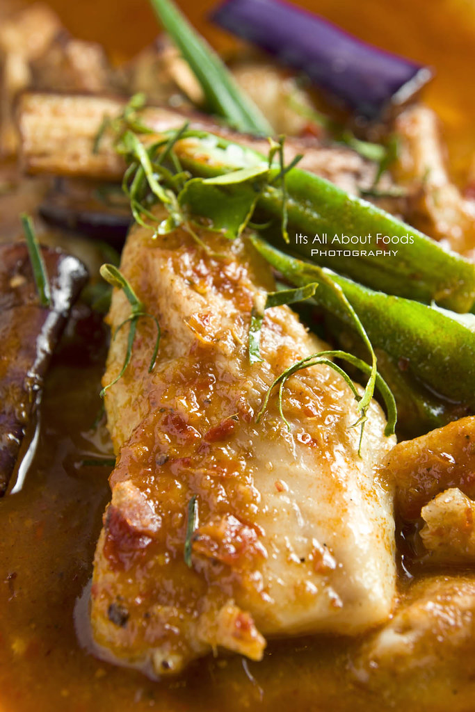 asam-fish-fillet-precious-old-china