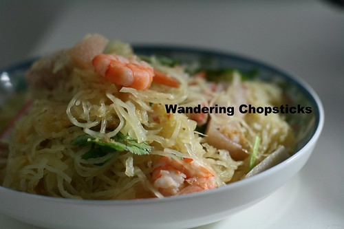 Goi Bi Soi Tom Thit Heo (Vietnamese Spaghetti Squash Salad with Shrimp and Pork) 9