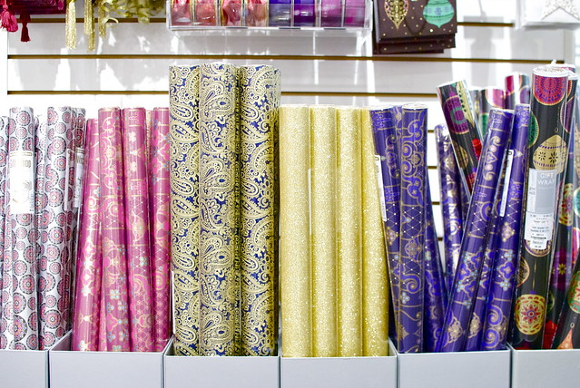 The Container Store, Gift Wrap Wonderland, Gift Wrapping Ideas, Wrapping Paper, How To, Stylish Wrapping
