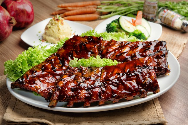 Baby Back Ribs with Plum Sauce (4 pax)