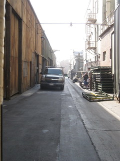 dark alley-Paramount