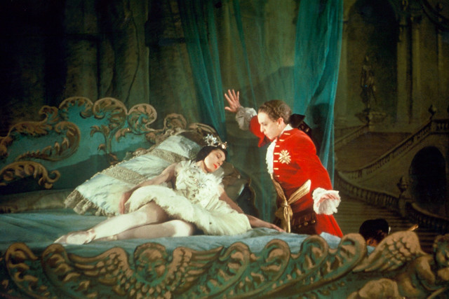 The Sleeping Beauty 1946 Fonteyn and Helpmann in The Awakening scene Photo by Frank Sharman ©ROH Collections