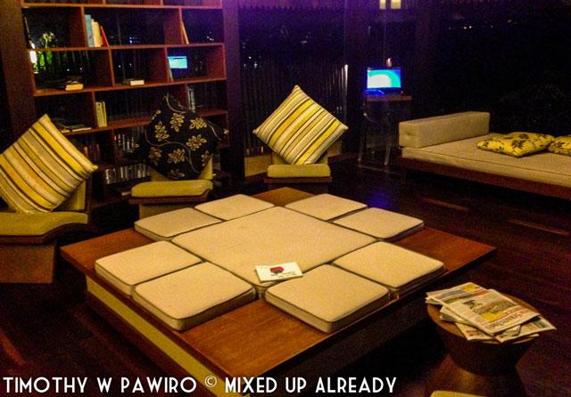 Malaysia - Kinabalu - Gaya Island Resort - The library