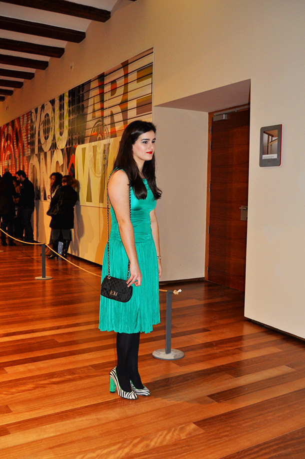 something fashion blogger valencia spain, fashion event catwalk circuito de la moda, zebra print green shoes, centro del carmen museo, anna vicent yana oblap