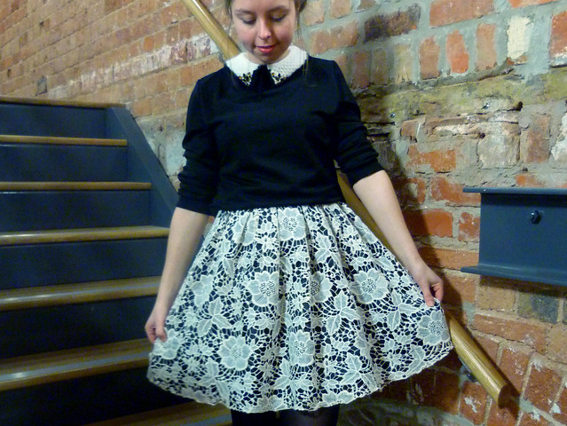 Chi chi lace dress | Fashion blogger outfit post