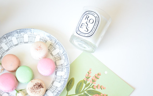 Diptyque rose and Pastel macarons