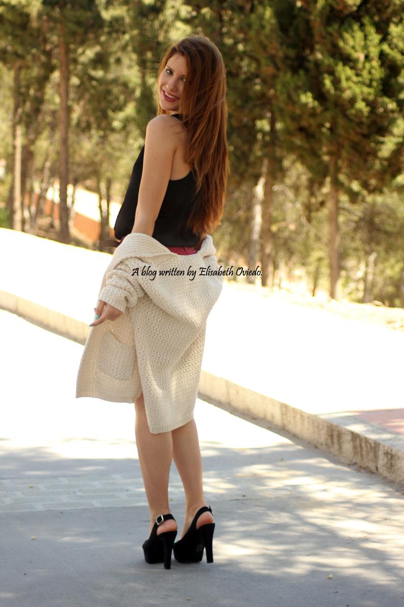 cardigan-OASAP-shorts-de-rosas-tacones-MARYPAZ--HEELSANDROSES-(5)
