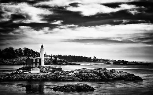ocean sky bw lighthouse canada water clouds coast bc pacific britishcolumbia victoria pacificocean fisgard cans2s
