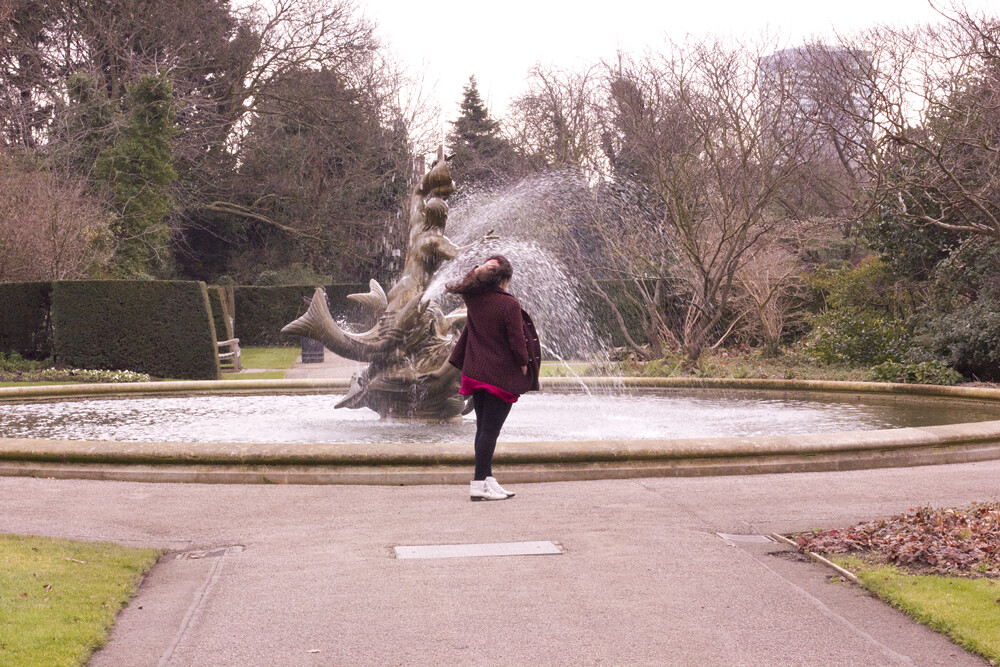Regents Park rose Garden Queen Marys Laila tapeparade blog Valentines Day free in London north things to do parks royal park