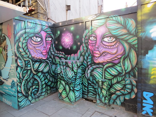 Amara Por Dios, Shoreditch