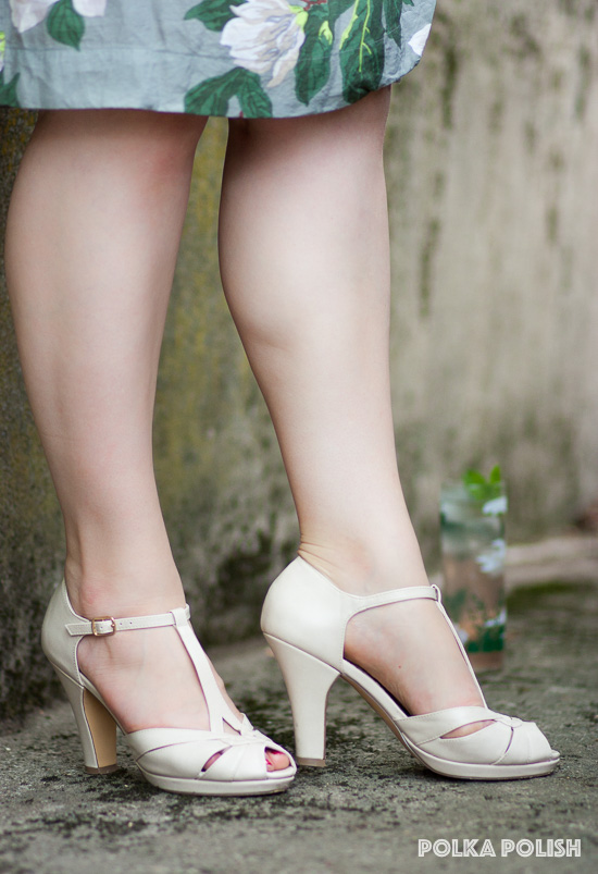 "BAIT ""Lacey"" Pumps in cream pick up warm tones in the Steel Magnolias print"