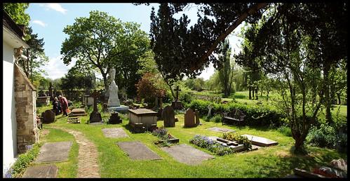 St Mary's, Perivale Churchyard