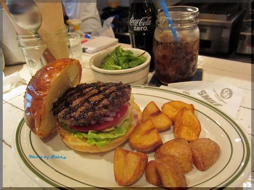 2013-05-27_ハンバーガーログブック_【明治神宮前】Blooklyn pancake house ハンバーガーも最高でした!-05