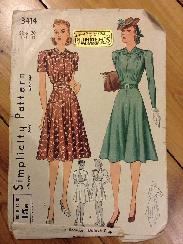 1940s dress sewing pattern pin-up pinup bomb girl