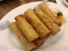 dim sum food, taquito, vegetarian food, lumpia, egg roll, nem rã¡n, spring roll, food, dish, cuisine, snack food,