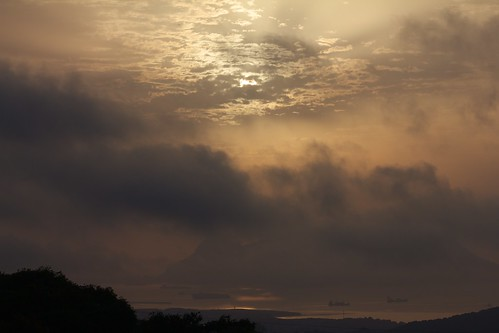 sun sol sunrise viento amanecer nubes gibraltar algeciras bahiadealgeciras