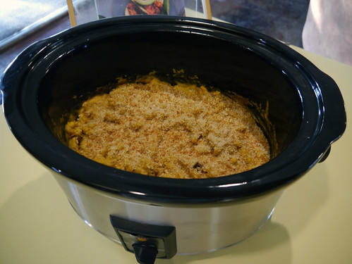 Mac-and-Cheese Monday - Mac and Cheesy [Fresh from the Vegan Slow Cooker] (0001)