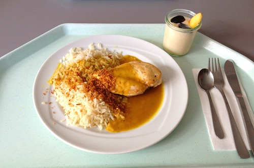 Hähnchenbrust mit Curry-Kokossauce / Chicken breast with curry coconut sauce