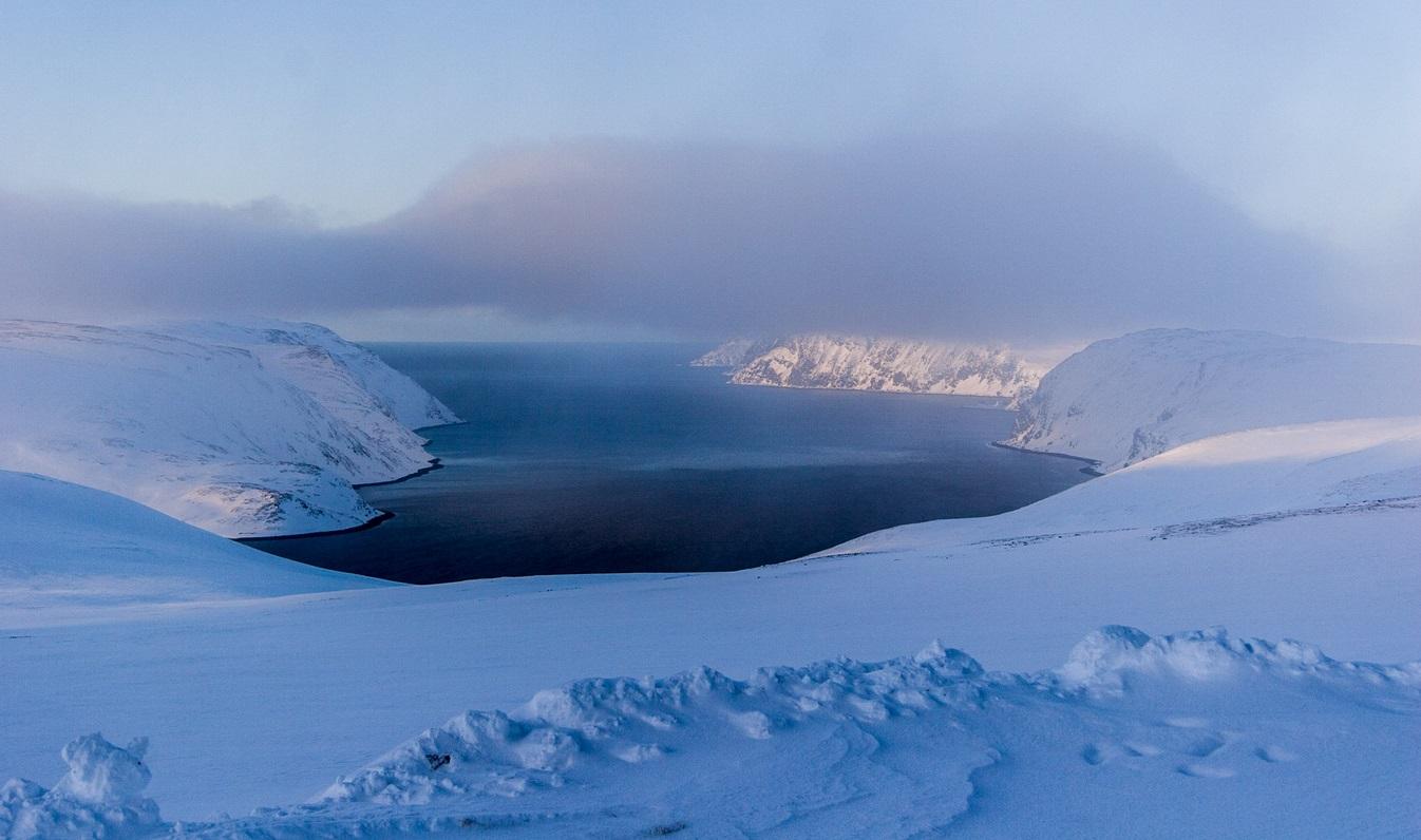 20. Vista invernal del cabo Norte, Noruega. El punto más septentrional de Europa. Autor, Jechstra