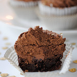 Yummy triple chocolate cheesecake cupcakes