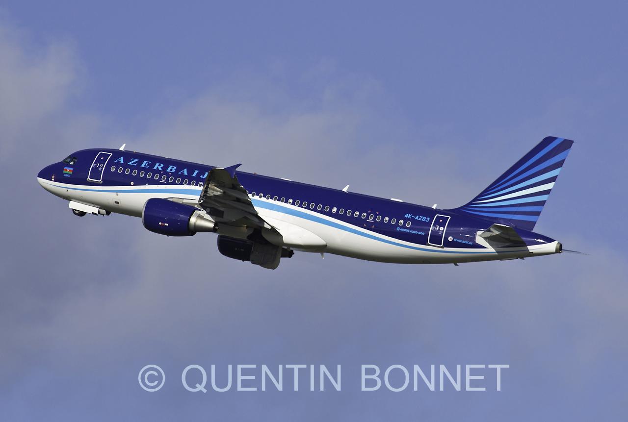 AZAL Azerbaijan Airlines Airbus A320-214 4K-AZ83