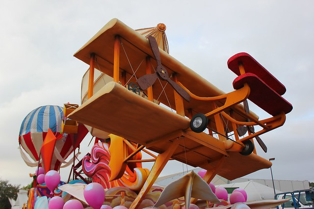 Mardi Gras 2014 behind the scenes at Universal Orlando
