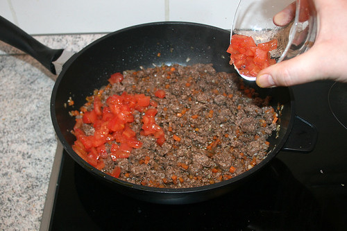55 - Tomatenwürfel hinzufügen / Add tomato dices
