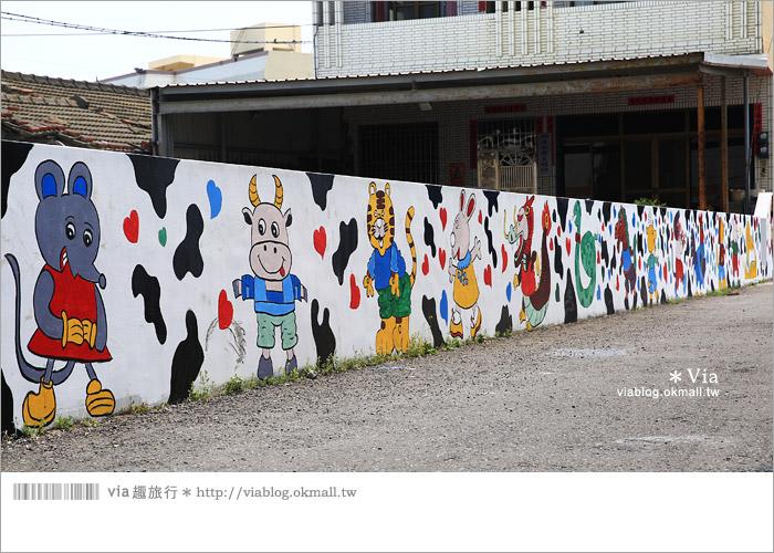 【彰化景點推薦】乳牛彩繪村(福寶村)~數百頭彩色小牛+夢幻藍晒圖的彩色村16