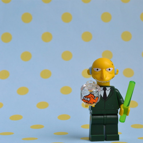 The Simpsons Minifigures: Mr Burns