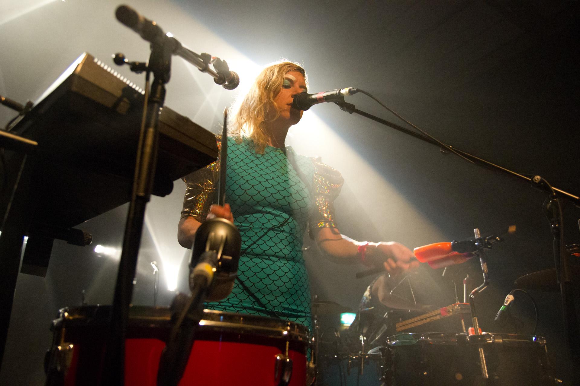 tUnE-yArDs @ Village Underground, London 12/05/14
