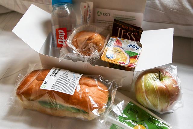Service meal of the night train, Russia ロシア、夜行列車で出た朝食
