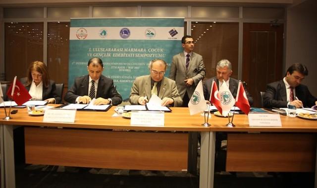 Üsküdar Üniversitesi'nde Türk-Yunan edebiyatı köprüsü kurulacak 2