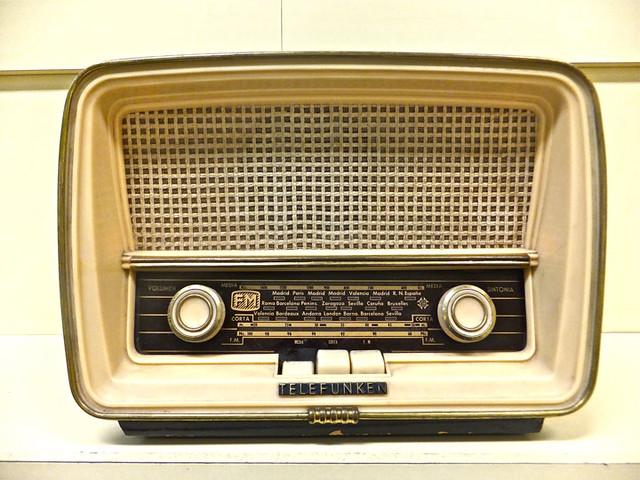 radio antigua telfunken