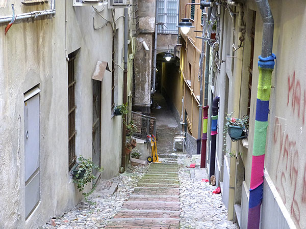 ruelle qui descend
