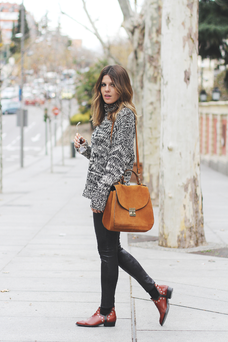 leather-rock-roll-boots-street-style-4