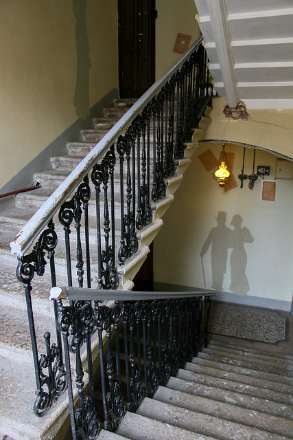 "Stairway to ""Art Hotel Rachmaninov"", Saint Petersburg, Russia サンクトペテルブルク、ホテルへの階段"