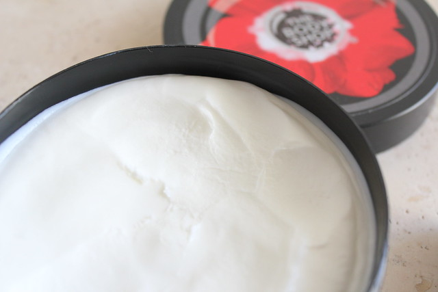 body shop smoky poppy review