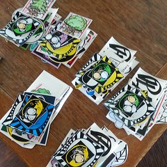 #gluesquad #gluesquadworldwide  shipping out some packs today... hello Italy!