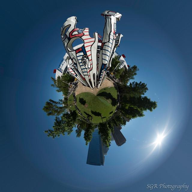 Monument Au Fantome planet