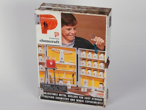 Vintage Chemistry Sets 33