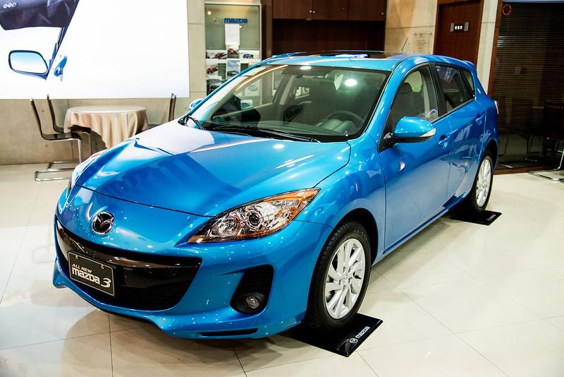 Mazda3-2043