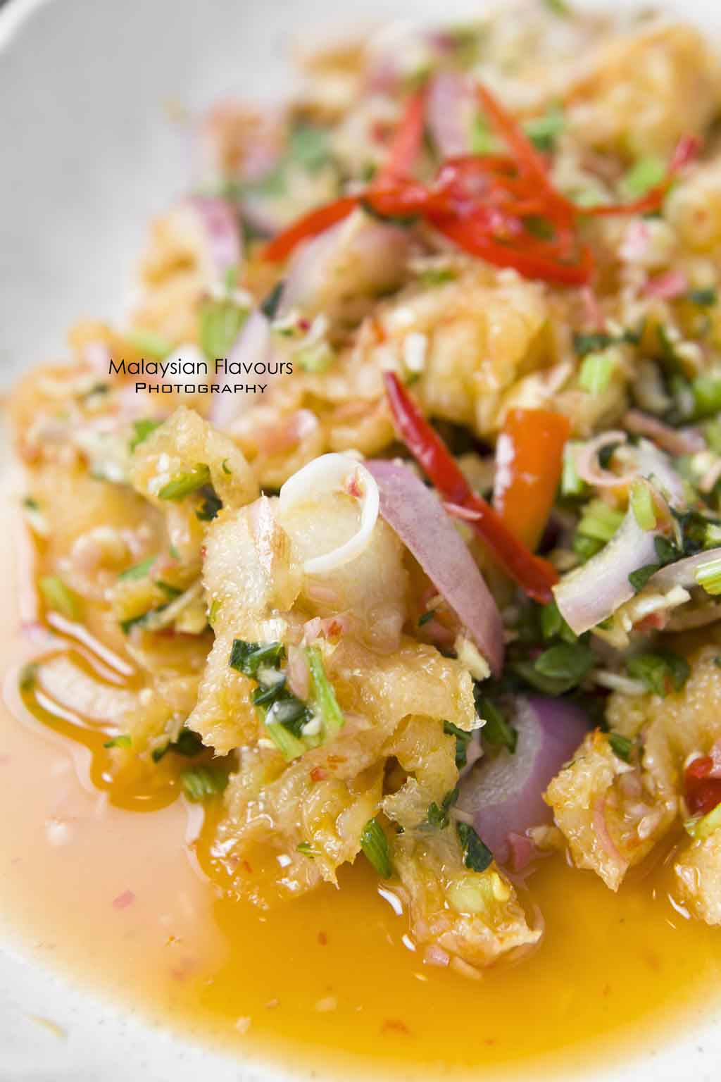 thai-style-kerabu-chicken-feet