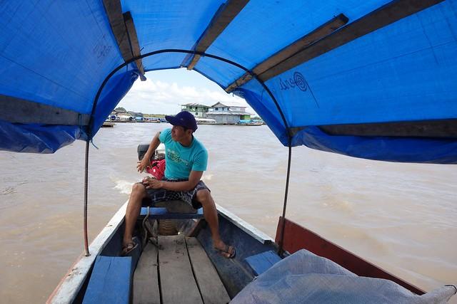Barco de Tabatinga até Santa Rosa, Brasil até Peru