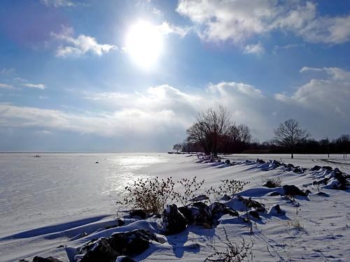 park winter snow lakeerie shoreline downriver huronclintonmetroparks lakeeriemetropark