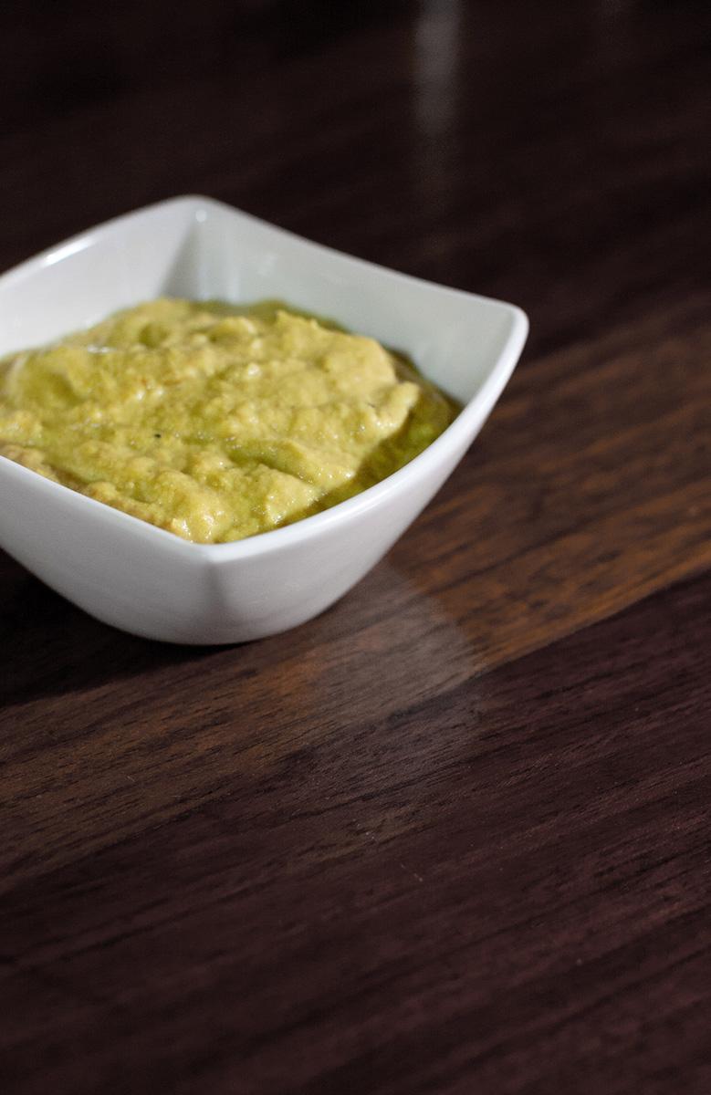 Salsa caiowei de cebolla, puerro, almendra y cúrcuma - comopiensocomo