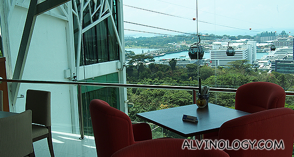 Watch cable cars zip pass as you dine