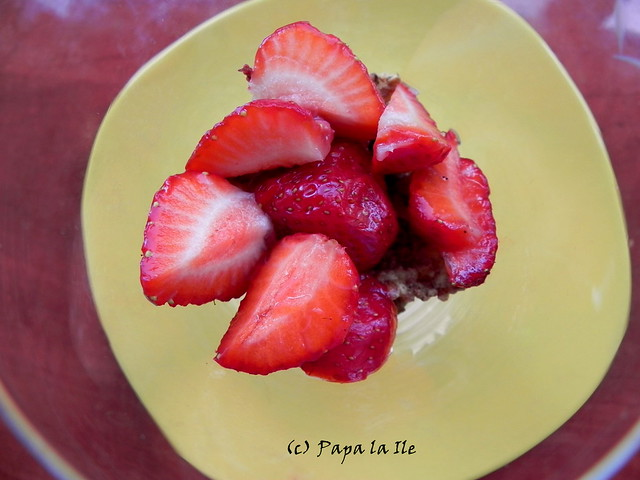 Mic dejun cu capsuni (2)