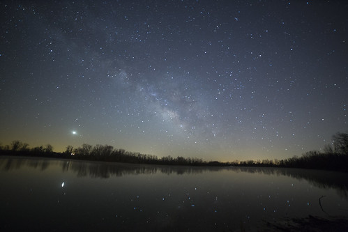 longexposure reflection water canon stars star earlymorning clear f28 clearsky highiso 30secondexposure milkyway beforesunrise noclouds 14mm iso4000 reflectiononthewater milyway starsinthewater 14mmlens sunriseonthehorizon canon5dmarkiii rokinon14mm potd:country=gb arkansasmilkyway