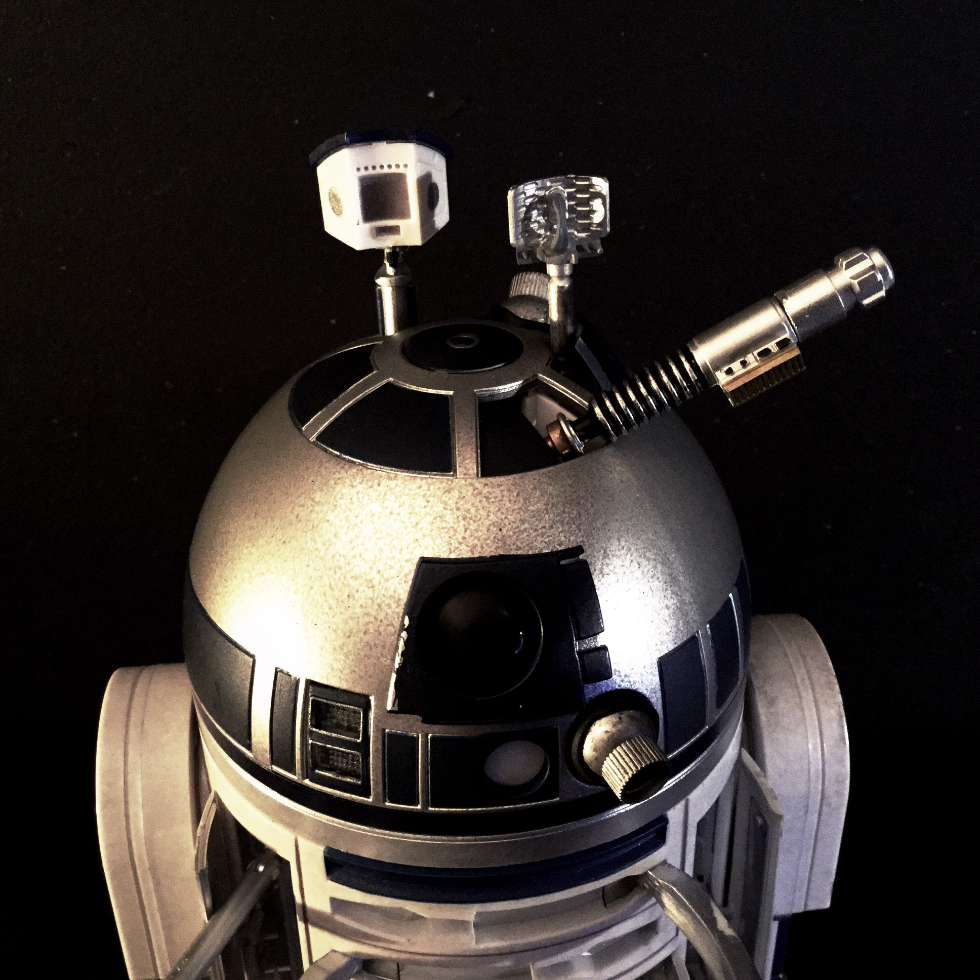 [REVIEW] Star Wars : R2-D2 Deluxe (Sideshow) 16257815609_53ec6d021f_o